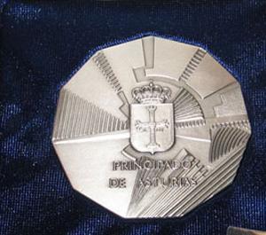 20170824114859-medalla-plata-asturias.jpg