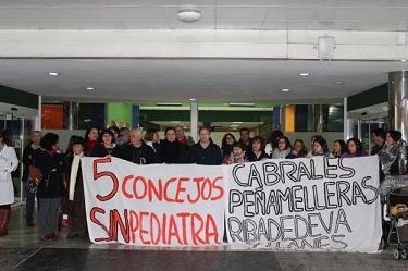 20180215122044-arriondas-protesta.jpg